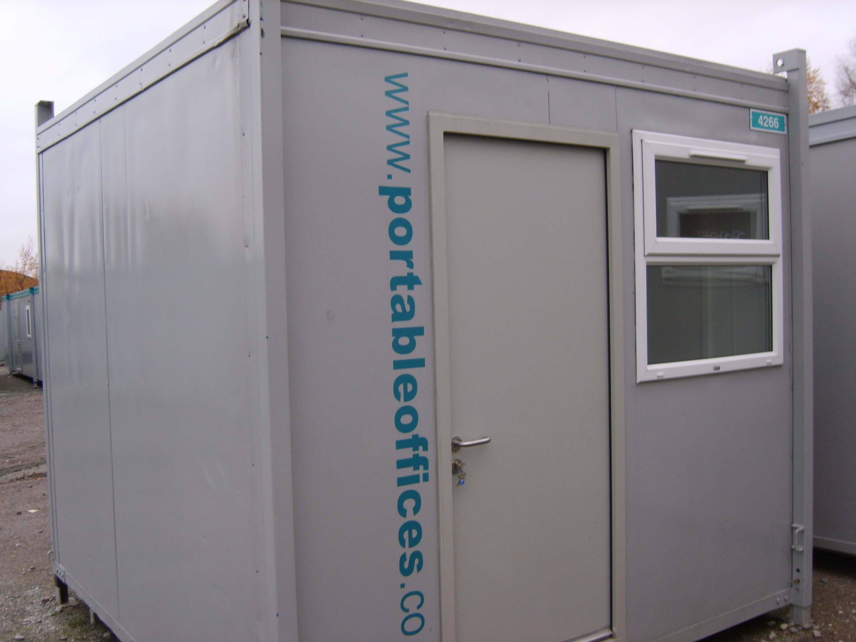 Small Portable Office : Small office or gatehouse unit ref portable offices